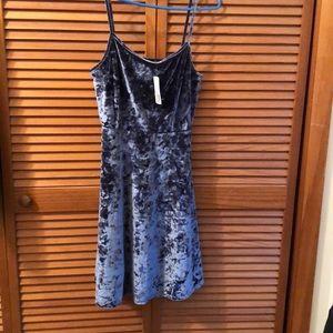 NWT Forever 21+ crushed velvet slip dress